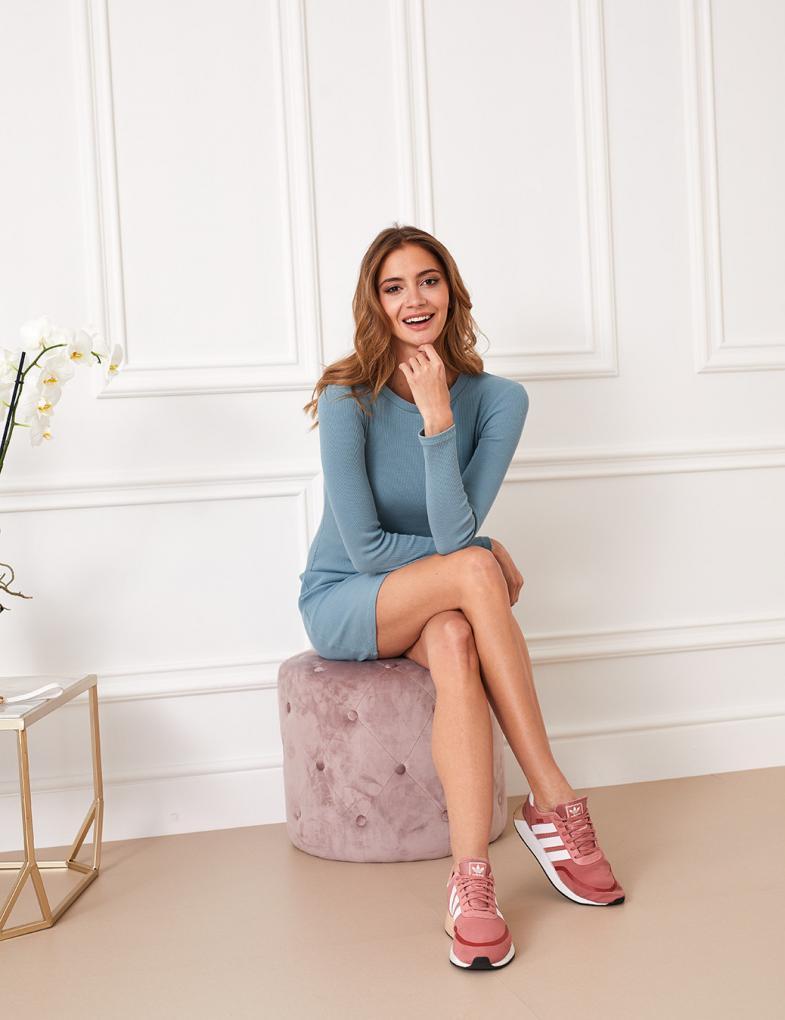cbbfeea7 Sukienki i spódniczki również jeansowe i dresowe - sklep internetowy ...