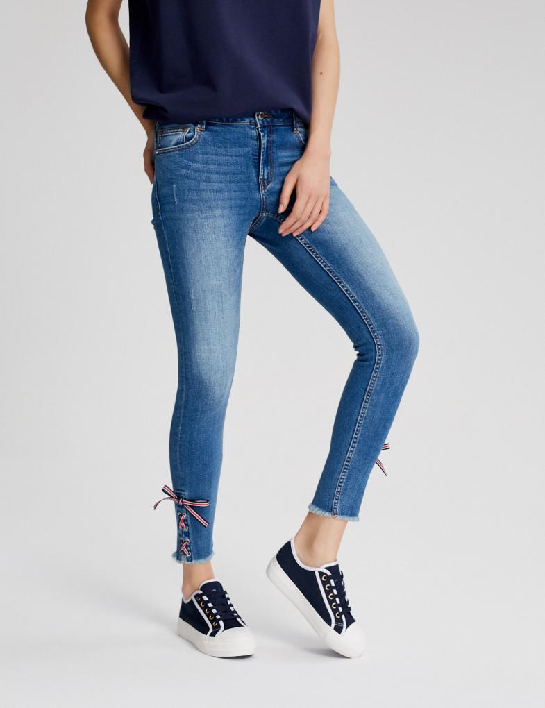Spodnie jeansowe damskie joggery, boyfriendy, z wysokim